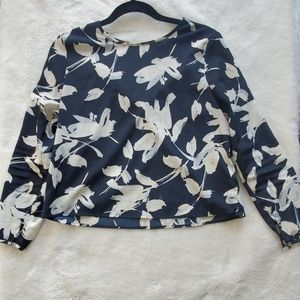 2 for 20 Banana Republic floral top